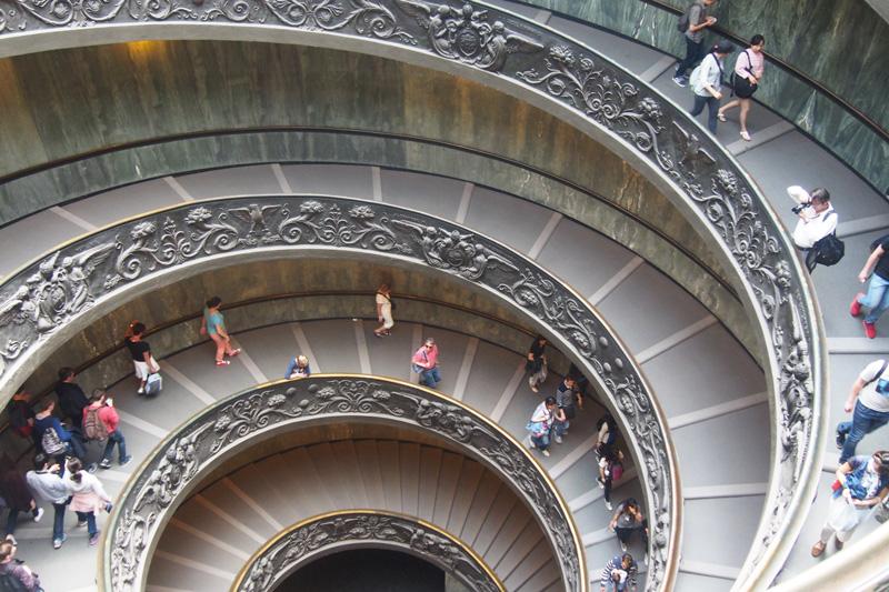 vatican-escaliers