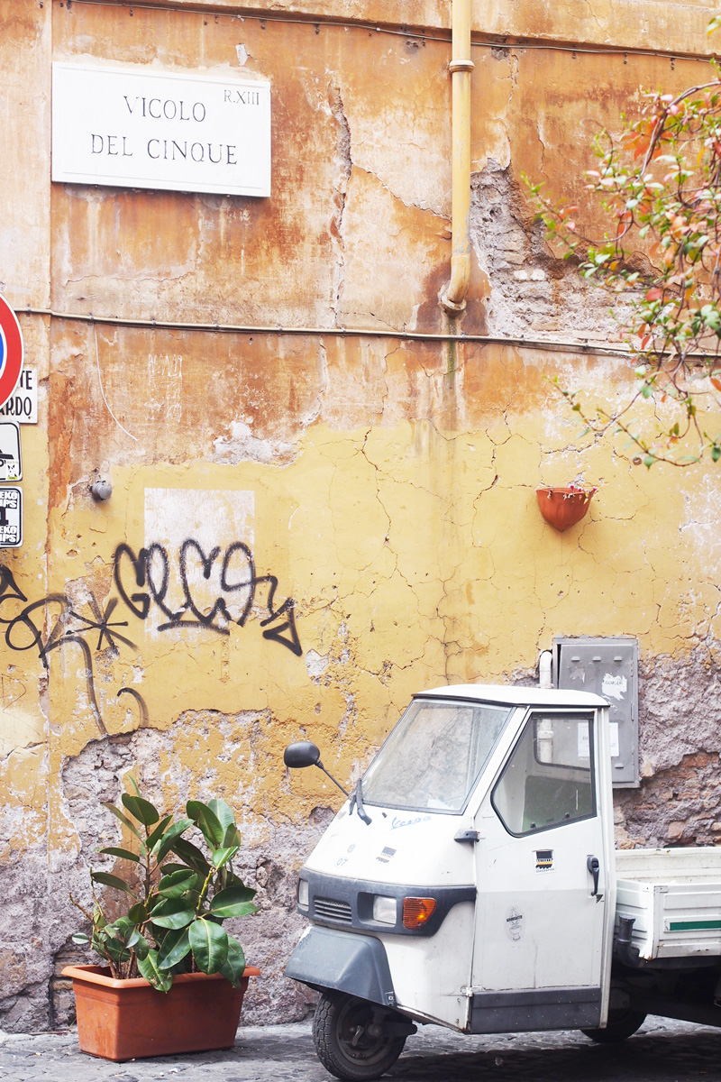 vicolodelcinque-rome