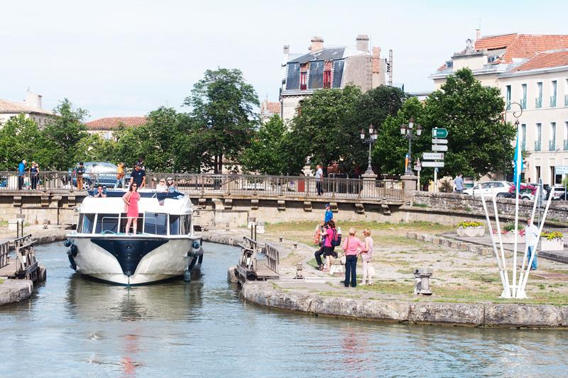 portdecarcassonne-leboat